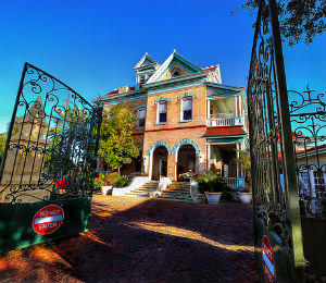 Key West Historic Places: Southernmost House